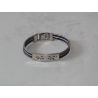 Bicolor Bracelet with Decorative Plate