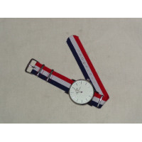 Tricolor Watch to match the look